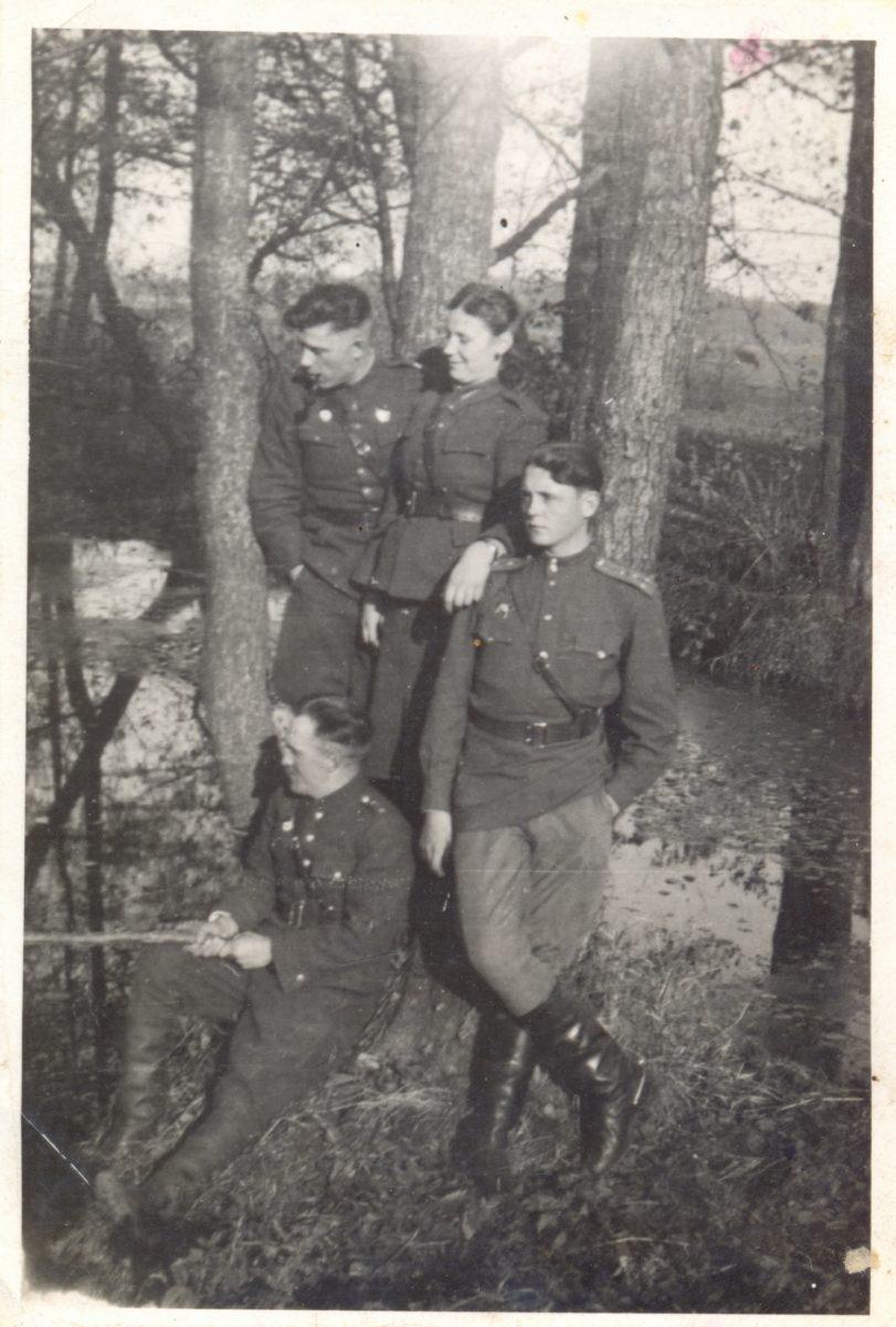Подпись на фото: Польша. Дорогому брату Виталию. 15.11.1944 год. Юрий Николаевич Новожилов