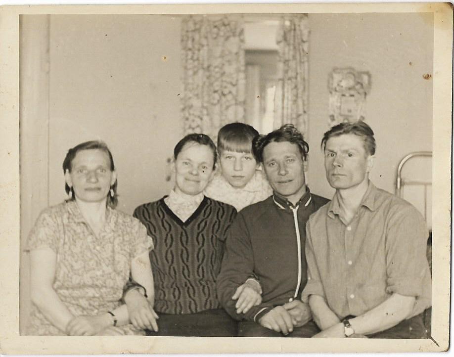 Семья Смердова Николая и его сестры Нины. Смердовы 20 век