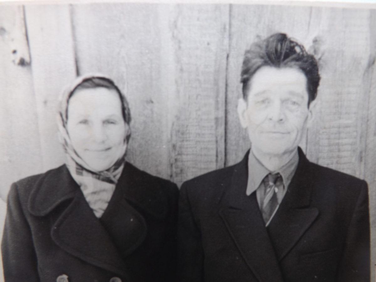 Смердова Марфита Егоровна со вторым мужем, Мураши.